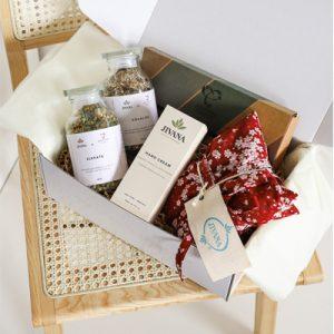 organic herbal apothecary naturopathic teas and heat packs